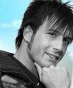 Gaetano Carluccio, in arte Alessio (Napoli, 19 ottobre 1983) È uno dei cantanti neomelodici più seguiti dal 2002 ad oggi; ha tenuto numerosi concerti oltre ... - 4